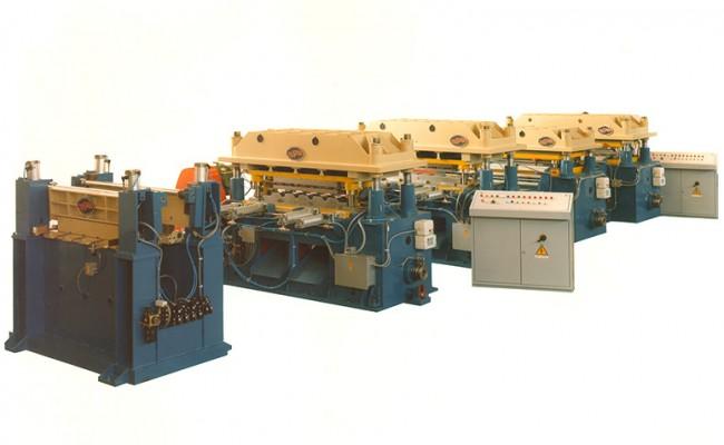 0093-Linea-stampaggio-pannelli-grecati